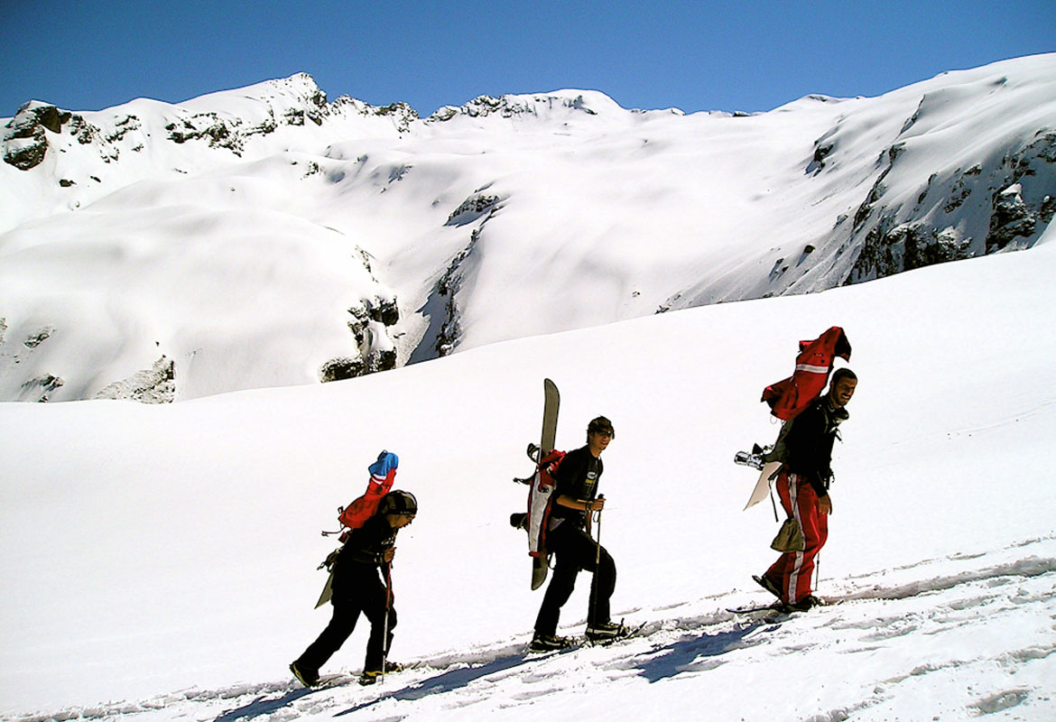Manali Trekking Package